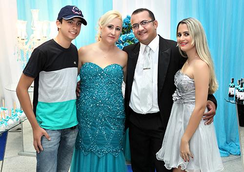 Festa da comemoração do Noivado de Eluzeni (Lú) e Claudiney