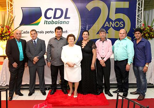 Entrega do premio destaque empresarial do ano de 2014 da CDL de Itabaiana-SE