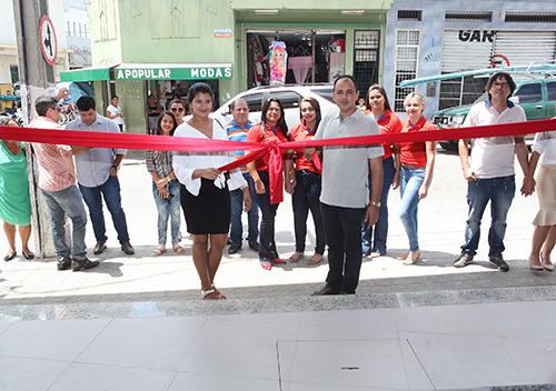Inauguração da Distribuidora de Colchões e Estofados Magazine Lima