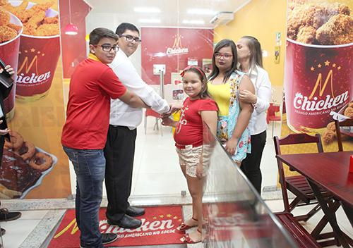 Inauguração do M Chicken em Itabaiana